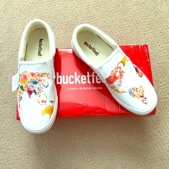 505076a1c0b4 Bucketfeet White World Map Shoes